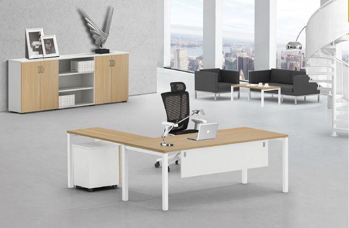 thiết kế bàn làm việc văn phòng