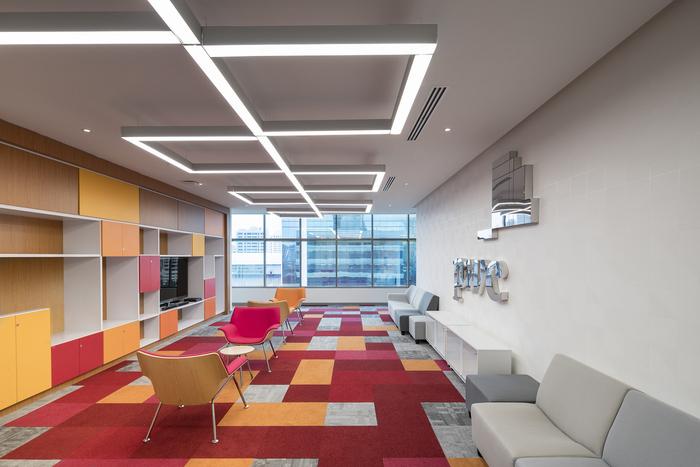 Màu sắc trong thiết kế nội thất văn phòng cao cấp-1