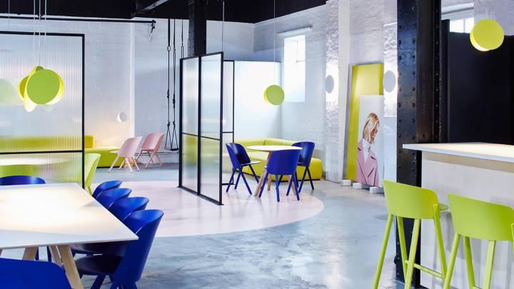 Thiết kế không gian làm việc với nội thất đơn giản-1
